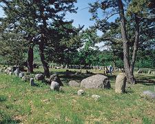 北の縄文 環状列石と岩壁刻画を観る 札幌発着 (9/26) 札幌