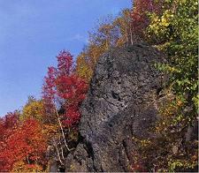 白滝の黒曜石見学と石器づくり体験・北海道遺産を観る 札幌発着 (9/21) 札幌