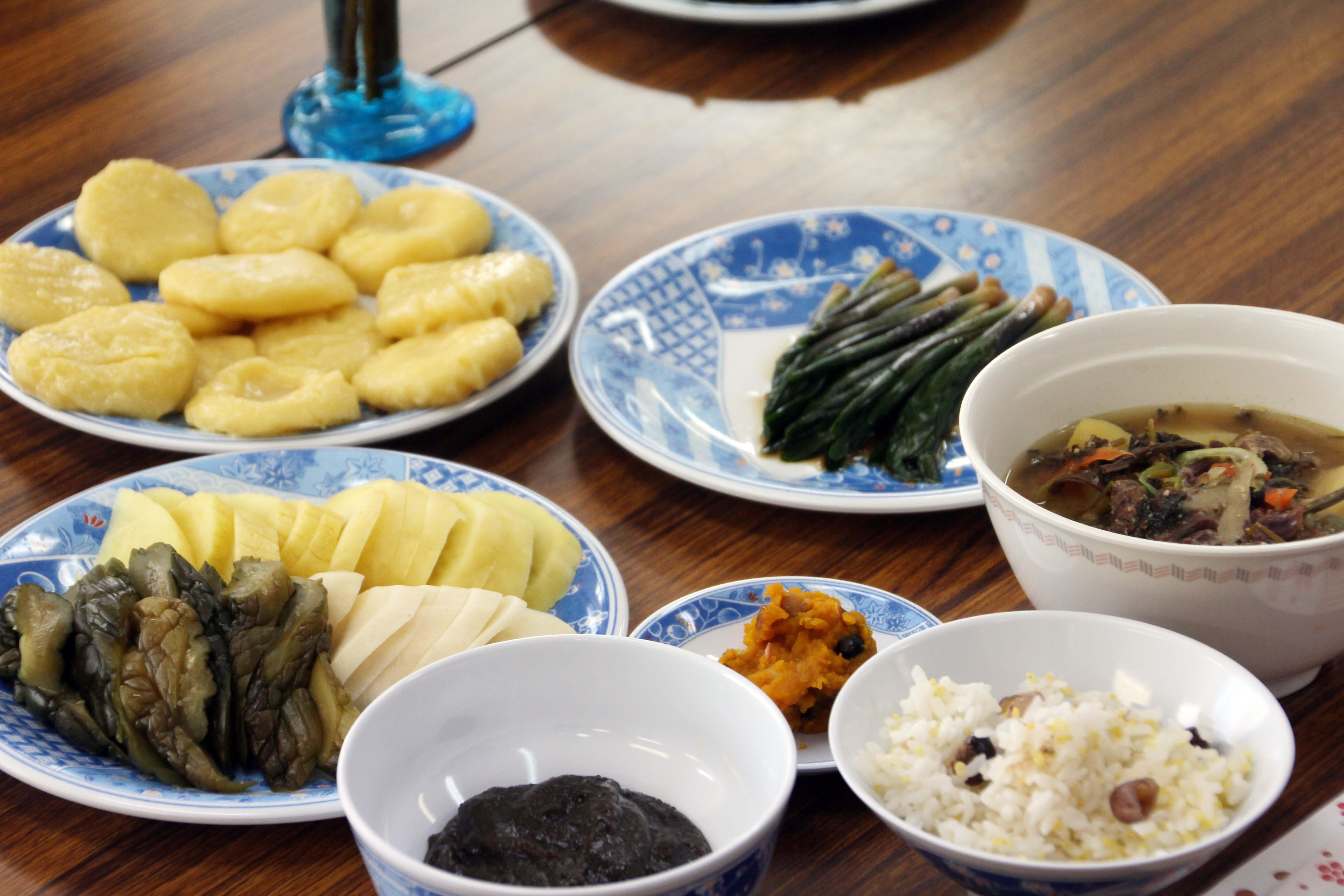 アイヌ伝統料理を学ぶ旅 平取町リテージモニターツアー 札幌発着 (2/28) 札幌