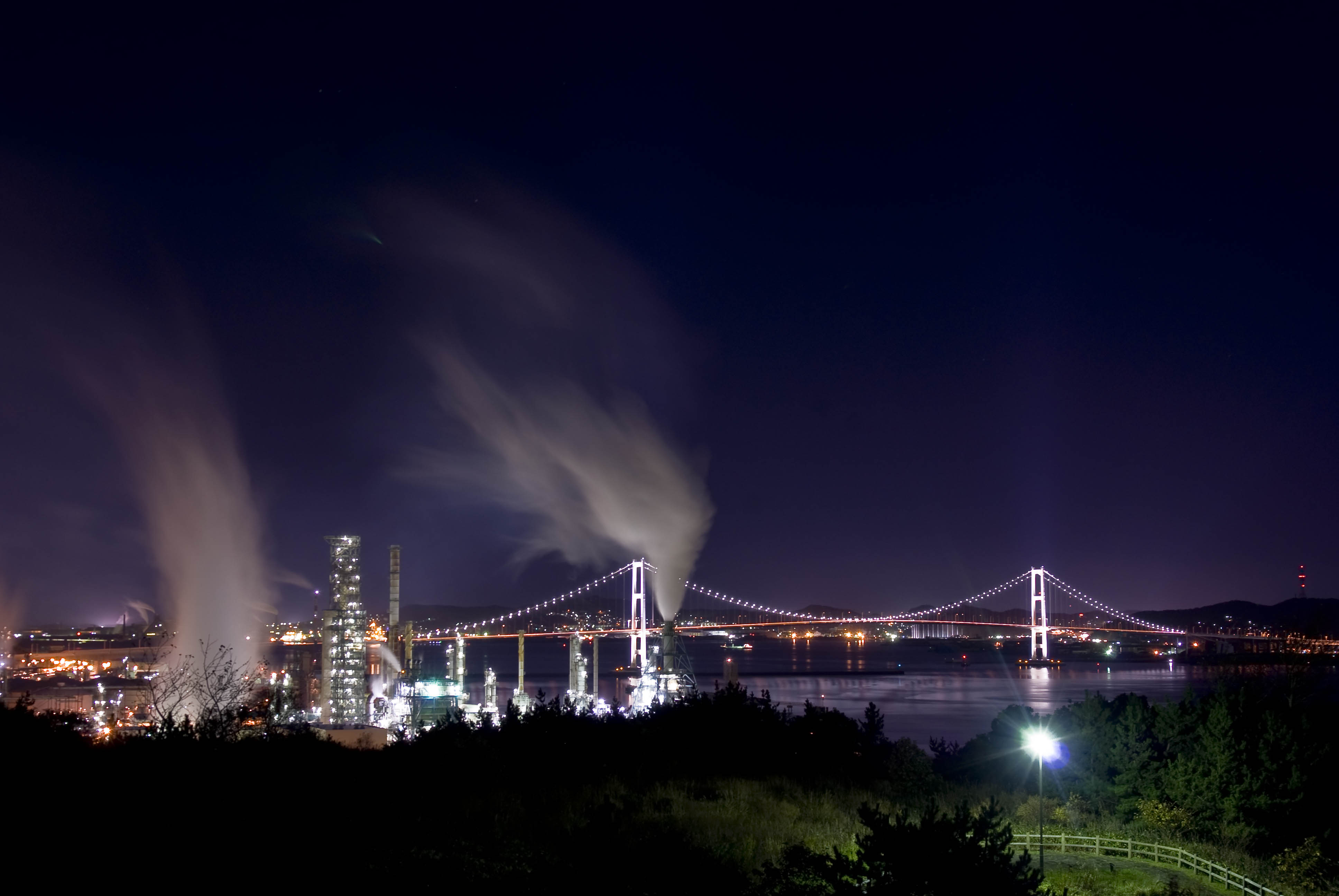 名所の工場夜景見学も 市長がバスガイド 室蘭市長編 札幌発着 (11/4) 札幌